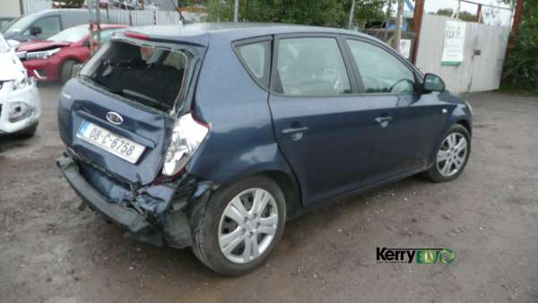 Parts available for a Blue 5 door 1 4L 2008 KIA CEED 1 4 LX