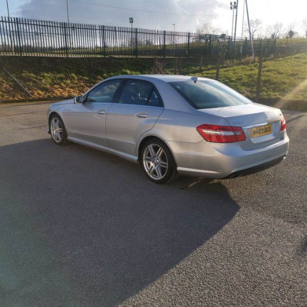 MERCEDES E-CLASS Damaged Repairable Crashed Car For Sale