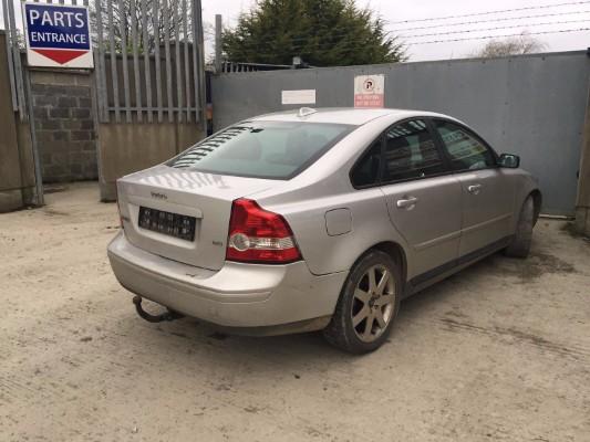 Silver 4 door 1 6L 2006 VOLVO S40 1 6D SE 4DR Parts