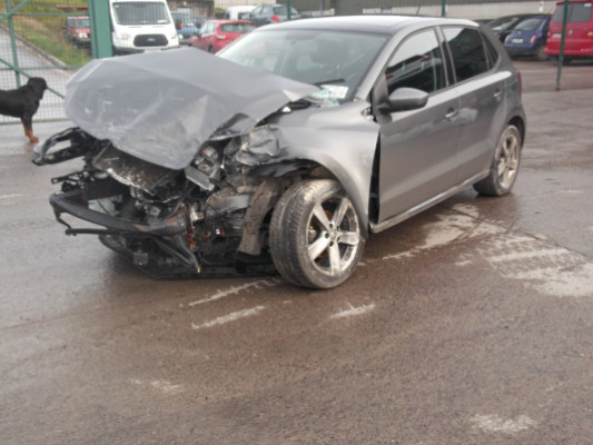 Parts available for a 5 door 0 9L 2016 VOLKSWAGEN POLO FUN