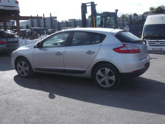 Parts available for a Silver 5 door 1 5L 2009 RENAULT MEGANE 1 5 DCI