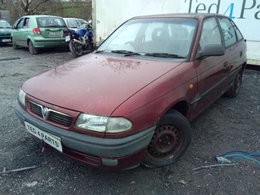Red 5 Door 1 6l 1994 Opel Astra Vauxhall Astra1 6i Gls 5dr Parts Corrintra Castleblayney County Monaghan