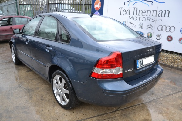 Blue 4 door 1 8L 2004 VOLVO S40 1 8 SE MY04 Parts Corrintra
