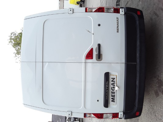 White 2 3L 2013 RENAULT MASTER MM35 DCI S/R Spare Parts Dundalk