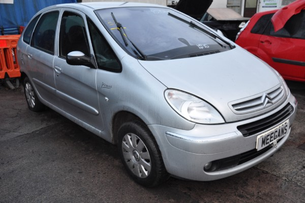 5 door 1 6l 2006 citroen xsara picasso exclusive hdi spare parts dundalk county louth ireland. Black Bedroom Furniture Sets. Home Design Ideas