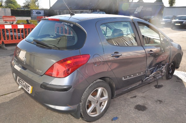 grey 5 door 1 6l 2009 peugeot 308 s hdi spare parts dundalk county louth ireland. Black Bedroom Furniture Sets. Home Design Ideas