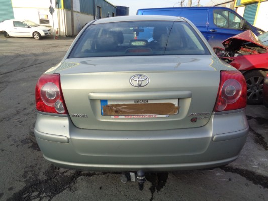 green 4 door 2 0l 2006 toyota avensis mc d4d strata parts tullamore county offaly ireland. Black Bedroom Furniture Sets. Home Design Ideas