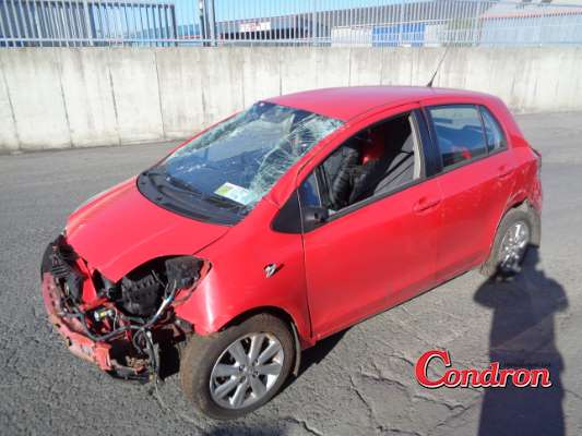 red 1 4l 2009 toyota yaris d4d tr 05dr a parts tullamore county offaly ireland. Black Bedroom Furniture Sets. Home Design Ideas