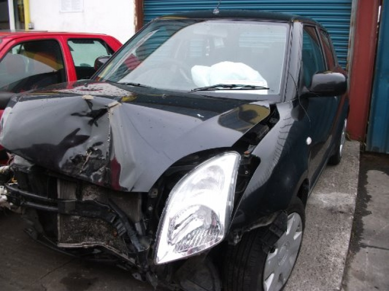 Black 5 door 1 3L 2007 SUZUKI SWIFT 1 3 GL 5DR A Parts Tullamore