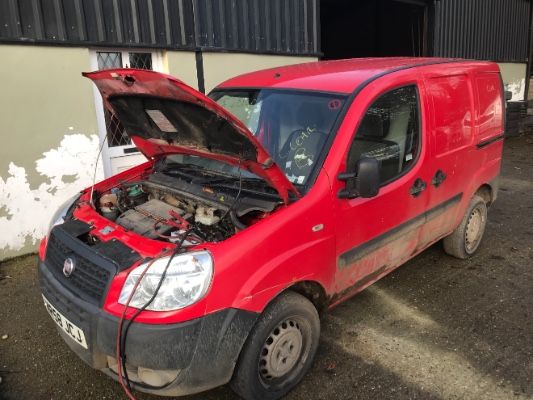 Red 1 3l 2008 Fiat Doblo Cargo 16v Multijet Cds Spares And Salvage