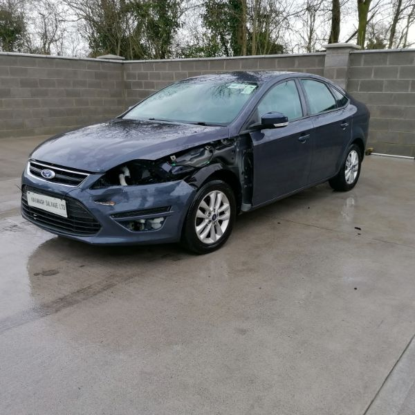 FORD MONDEO Damaged Repairable Crashed Car For Sale