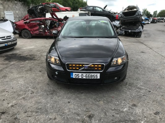Black 4 door 1 8L 2005 VOLVO S40 1 8SE (05) 4DR Parts