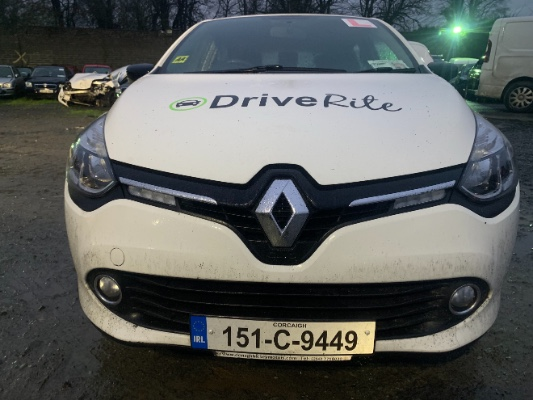 White 4 door 1 2L 2015 RENAULT CLIO CLIO IV DYNAMIQUE 1 2