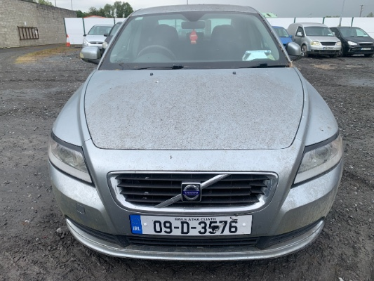 Silver 4 door 1 6L 2009 VOLVO S40 1 6D S MY09 Parts Ashville